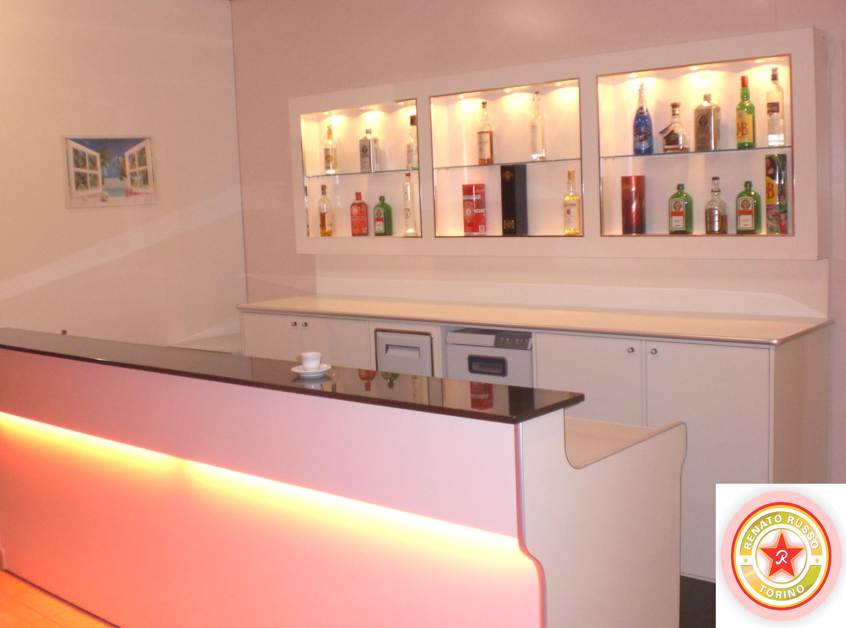 Fresco arredo bar casa design idee su arredamento