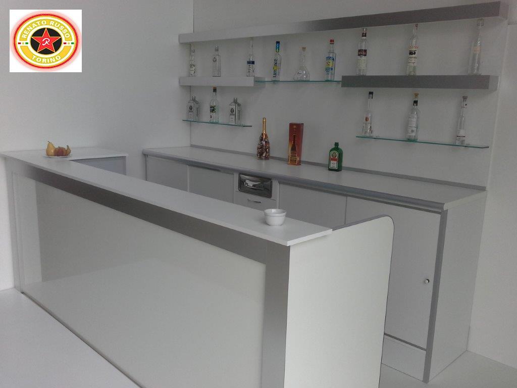 Banchi bar compra in fabbrica a met prezzo novit bar for Renato russo arredamenti
