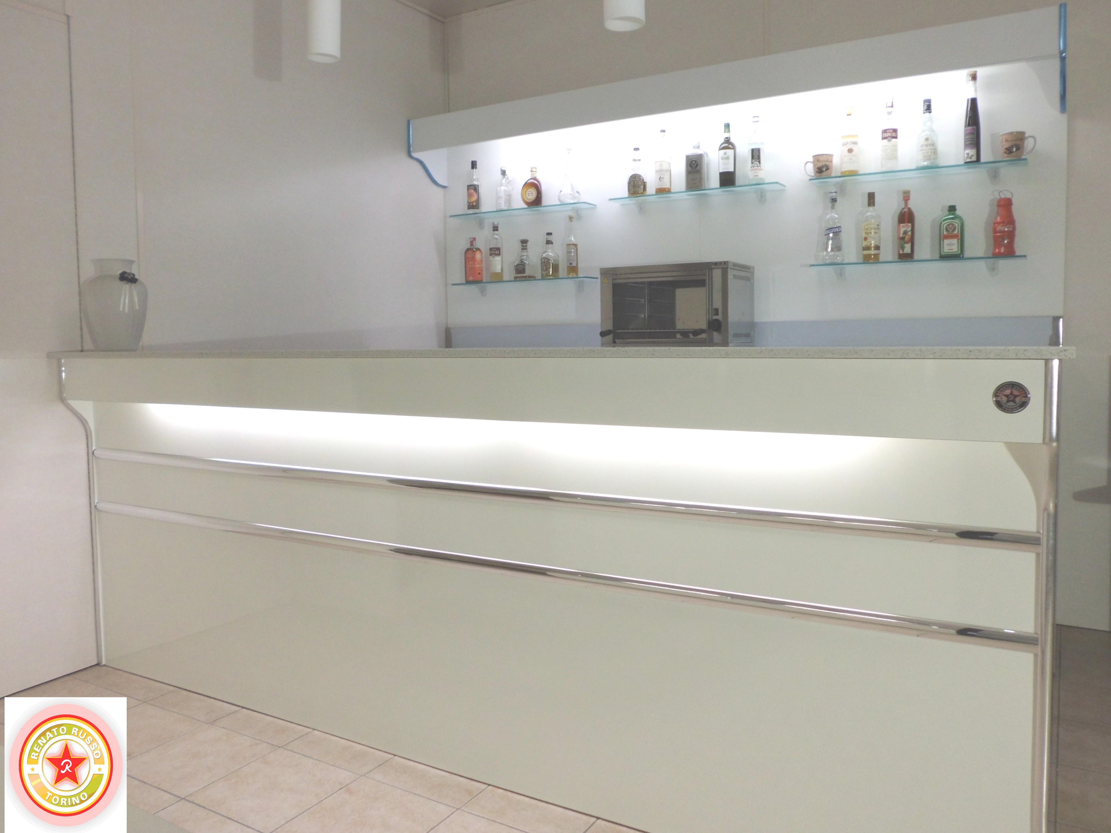 Banconi bar compra in fabbrica a met prezzo novit bar for Arredamento da bar